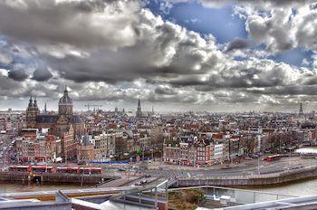 Нидерландский переводчик